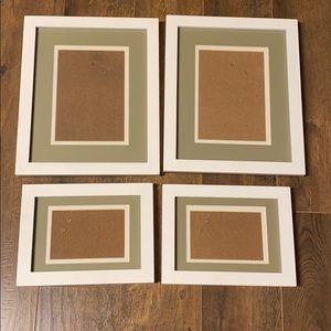 4 white frames